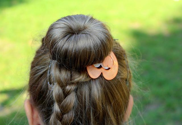 保育士 髪型 ヘアスタイル