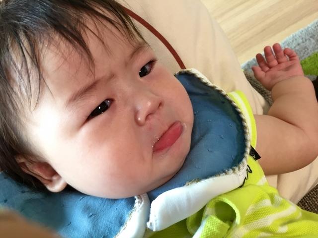 赤ちゃん 4ヶ月 急に激しく泣く